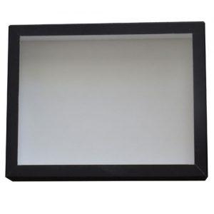 Entomologická škatuľa 23x18 dno s bielou penou, veko so sklom potiahnutá čiernym knihárkym plátnom.